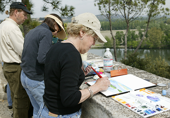 photo of John Hulsey's watercolor class in Avignon.© A. Hulsey