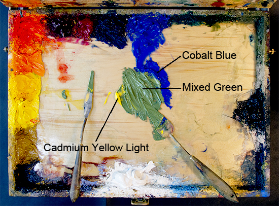 photo of a green mixed from cadmium yellow and cobalt blue