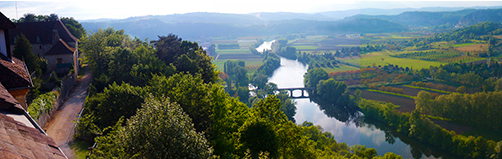 photo of the Dordogne River valley from Domme.© J. Hulsey