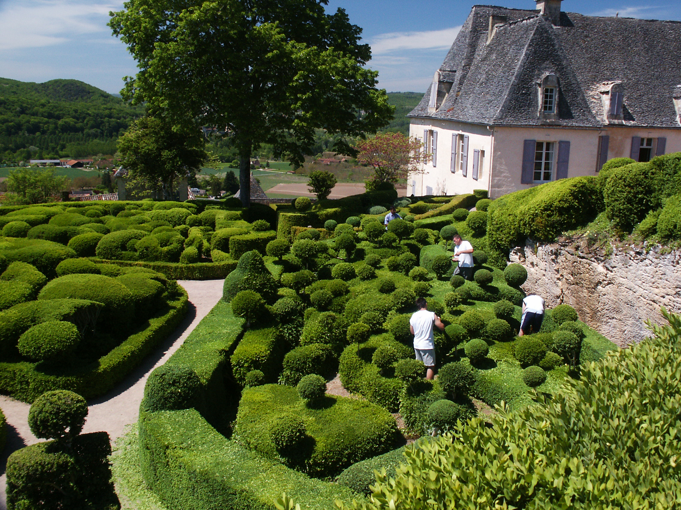 Photo of Gardens at Marqueyssac, Dordogne, by John Hulsey
