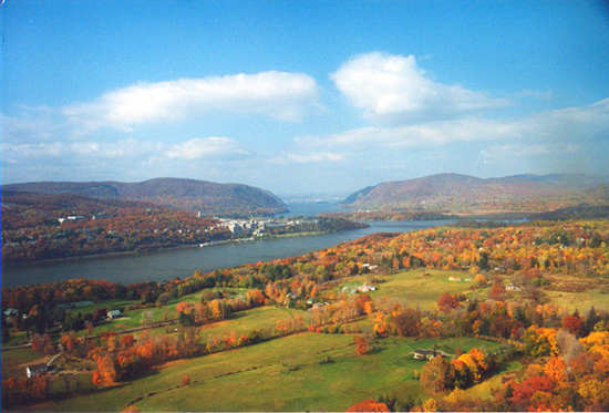 Photo of the Hudson River by John Hulsey