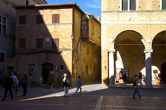 photo of Pienza, Italy, ©J.Hulsey watercolor workshops