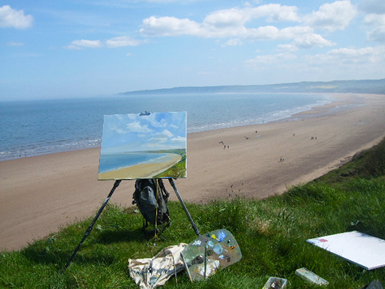 photo of Ludvigsen's plein air set up at the beach.
