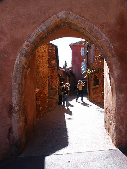 Photo of Archway in Roussillon, Provence, France