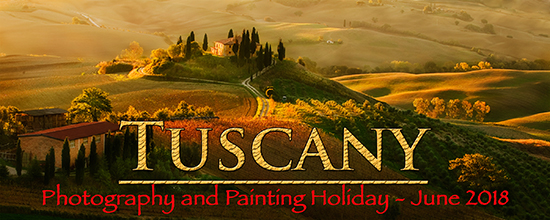 Photo of Tuscan hilltop villa ©R.Copeland